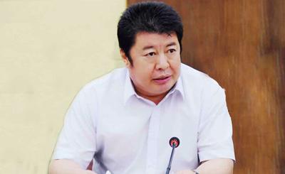 卢耿昌冠县交通设施商会会长;现任冠县政协常委;工商联副主席.